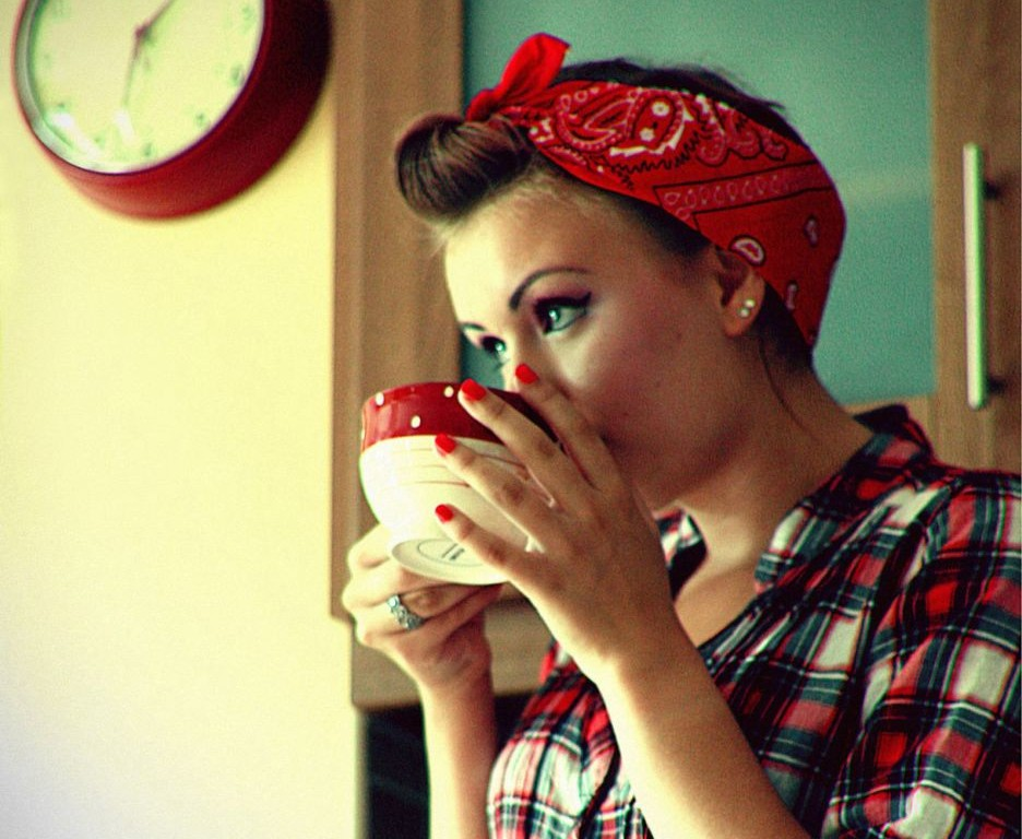 coffee_drinker_Woman